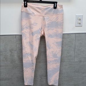 Power hold fabletics leggings